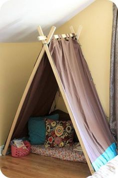 girls play tent
